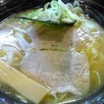 麺処 せんと - 料理写真:せんとラーメン(とんこつラーメン)