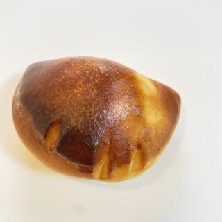 グリム - 料理写真:人気!!クリームパン