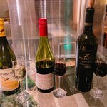 ヤキトリ、ワイン、日本酒、Q -