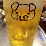 14212112 - 豚さんビール!