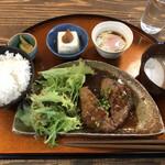 ボンズハウス - ハンバーグ定食 1000円