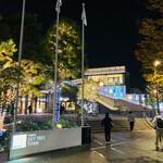 142127229 - ☆ 東京スカイツリータウンのイルミネーション。タウンは東京スカイツリーを中心に商業施設、プラネタリウム、水族館などの複合施設。