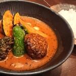 lavi - ハンバーグto野菜カレー ¥1240 *辛さ20 *ライス並(200g)