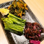 広島県府中市アンテナショップNEKI - 広島菜3種盛り