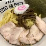 142149368 - 割り箸程度の太さのムチムチ麺