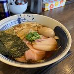 麺処 景虎 - 料理写真:鶏だししょうゆ特製らーめん
