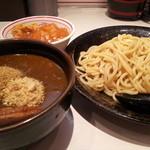 蒙古タンメン中本 - 高田馬場店さんは「濃厚カレーつけ麺」