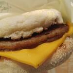 マクドナルド - チーズの具合がサイコーです。