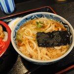 お食事処 一福亭 - セットのミニうどん(¥250)