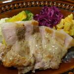 ダイニングカフェコショネ - 郡司豚ランプのソテー、白ワインソース(税込1,045円)