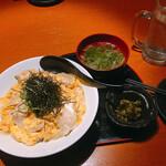 個室酒房 名古屋コーチン屋 郷 - 見た目より多くて結構美味しい。