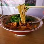 尾道ラーメン 味億 - 麺リフト