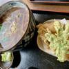 石臼挽き手打ちそば おおみ - 料理写真:天ぷらそば