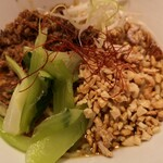 カユゾー - 担々麺のアップ