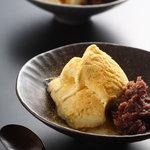 京都大原の味噌鍋専門店 雲井茶屋 - 白みそアイスは新たな名物になりました。キャラメルのような味わいでオススメです。
