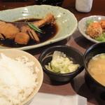 14220973 - ぶりの煮付け定食(1000円)