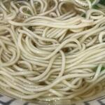 尾鷲しおラーメン モクモクしお学舎 - 麺アップ