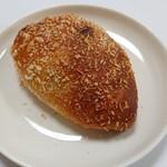 元祖パン麺 ㋧本屋 - カレーパン
