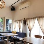 Cafe 279 - 店内