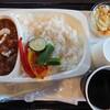 酒々井まがり家 - 料理写真:酒蔵のまかないカレーセット(サラダ・ドリンク付)1,320円