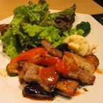 大戸屋 - 塩麹漬け四元豚の辛味噌炒め