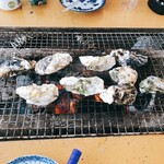 マルモ水産 九十九島海上かき小屋 -