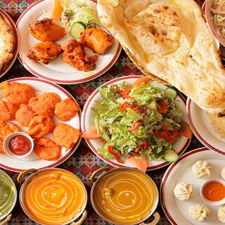 アジア各国の本格的な料理をたっぷりと1店舗で味わえます!