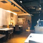 松尾ジンギスカン - 内観写真:店内