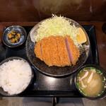 142255718 - 上キセキカツ定食(200g) 1,490円