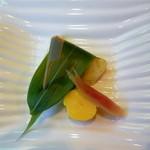 熱海荘 - 焼物:鱸 蓼の葉焼 玉子チーズ 酢取茗荷