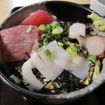 喜久屋 - 料理写真:海鮮丼