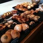 トースト ネイバーフッド ベイカリー - パンの台