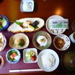 熱海荘 - 朝食