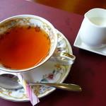 熱海荘 - 食後の紅茶