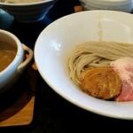 142276708 - 白つけ麺