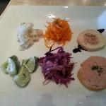 14229473 - 8.7訪問:日替わりランチの前菜6品(¥1,050)