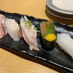 回転寿司 すしえもん - 料理写真:宇和島五貫
