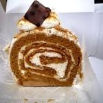 あさぎ家 - きなこのロールケーキ