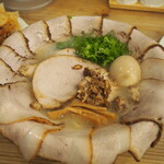 THE 石原ラ軍団 - 料理写真:チョイコワモテ + チャーシュー増し + 煮玉子