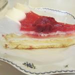 梅の木新館 - いちごのケーキ