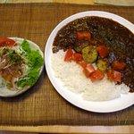 みぃーみぃ - 料理写真:夏野菜カレー(800円)