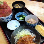 竹家食堂 - 訪問日は豚肉しょうが焼きがsetされていた