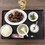 中華料理 香香 - 料理写真:黒酢の酢豚定食。 美味し。