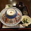 浅羽屋 - 料理写真:うな丼(開ける前)