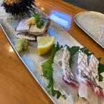 福寿司 - まずはお刺身で!雲丹・鯵・鯛