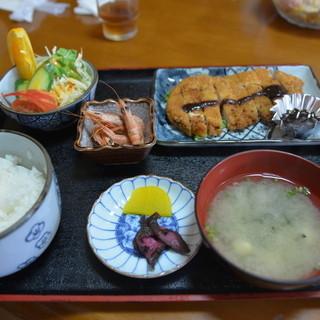 薩摩 - 料理写真:トンカツ定食