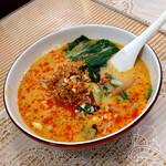 梅蘭 - 『坦々麺』 880円(税込)