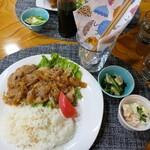 栗原倶楽部 - 料理写真:(2020/10月)ランチの豚の生姜焼き