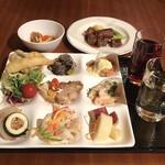 ガーデンビュッフェ パインテラス - 料理写真:夕食