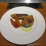 クチーナイタリアーナ ハル - 岩手県産菜彩鶏のオーブン焼き